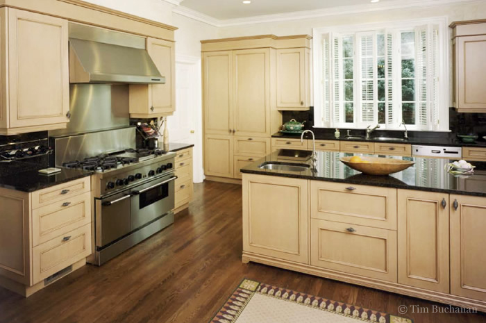 Southern living kitchens designs kitchen floors southern for Southern style kitchen ideas